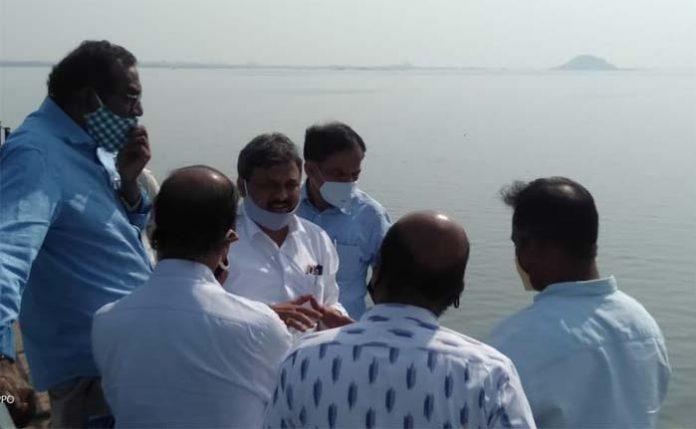 singareni engineers inspect lower manair dam